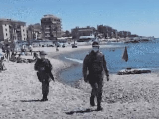 militari spiaggia venimiglia