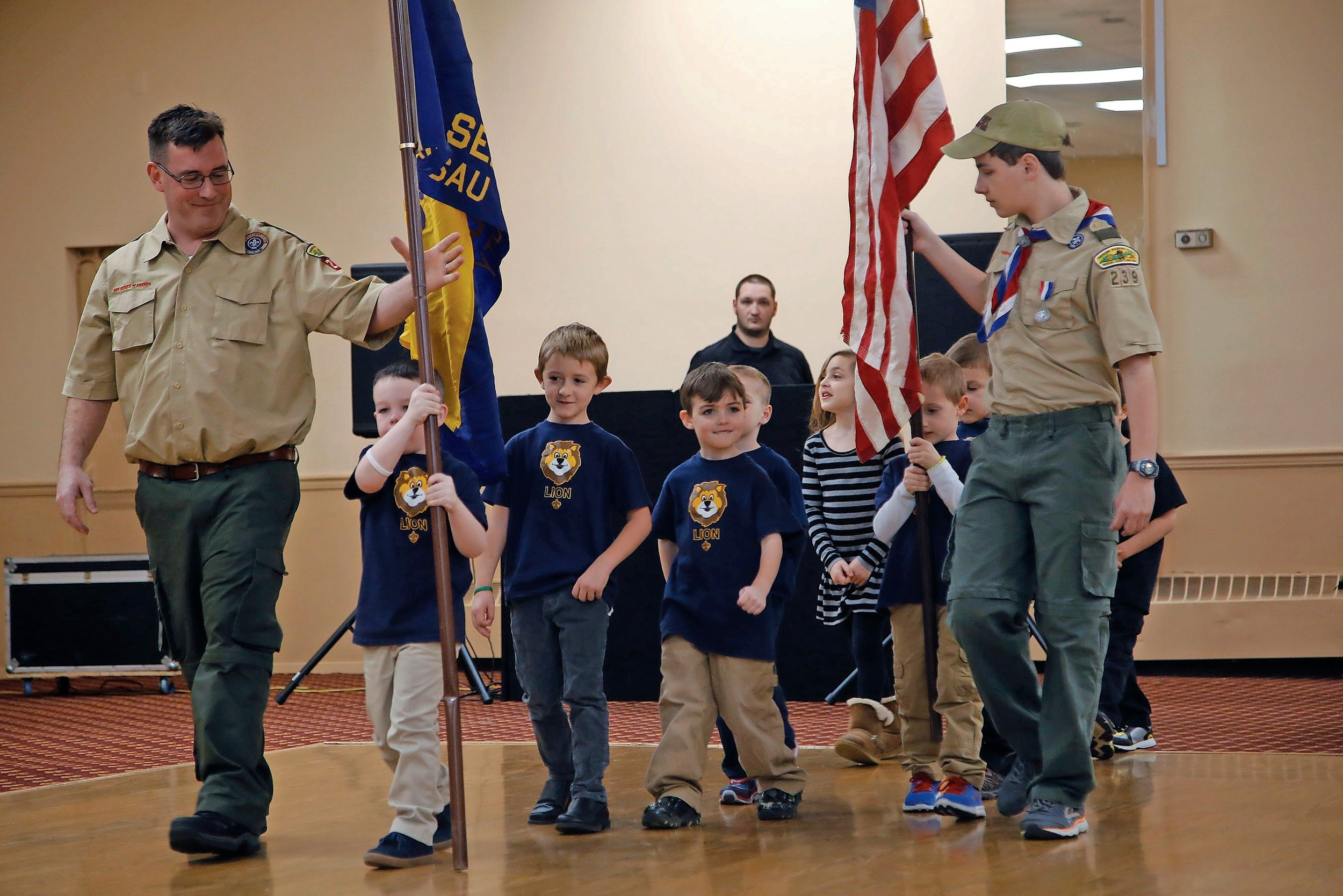 Cubs Become Boy Scouts At Annual Banquet