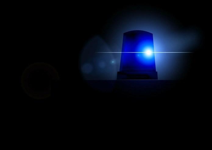Valgamaal hukkus teelt välja vastu puud paiskunud autos 23-aastane mees