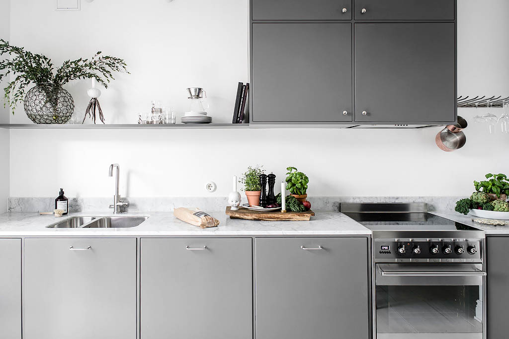 Scandinavian-Home-Tour-Grey-Kitchen-Styling-Decor