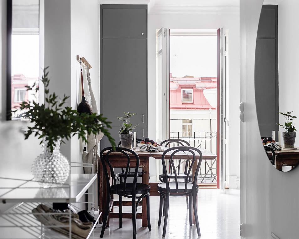 Scandinavian-Home-Tour-Grey-Kitchen-Dining-Styling-Decor