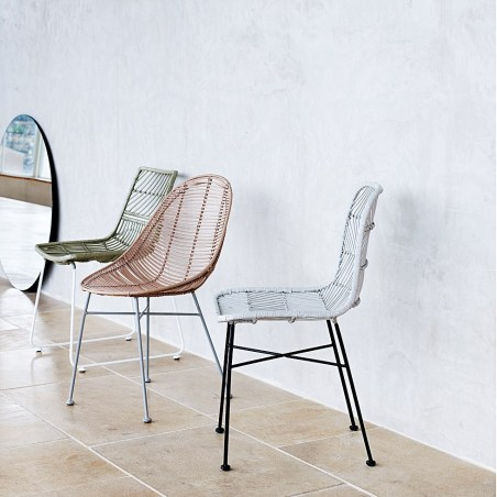 1066975_oliver-bonas_homeware_asmara-rattan-chair_3_1