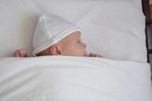 baby slapen ledikantje rust regelmaat