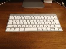 iMacのキーボードを掃除してみた