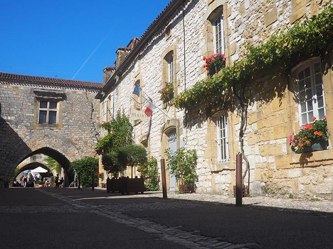 Mairie de Monpazier, Dordogne
