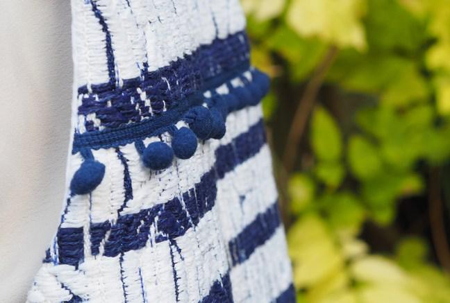 veste-pompons-couture