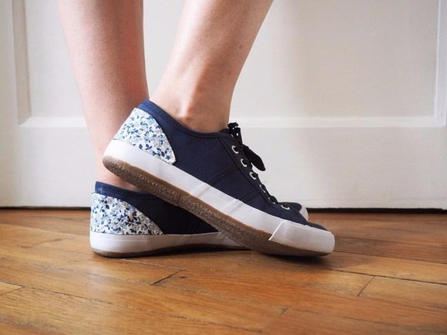 Customiser-des-chaussures-avec-du-tissu