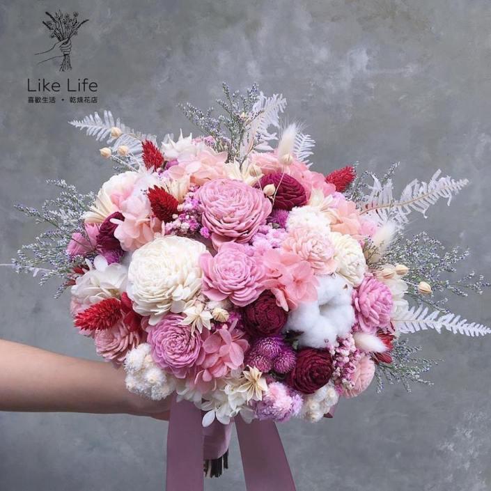 歐式圓型不凋花捧花-白粉紅
