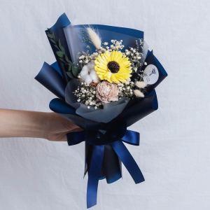 畢業花束推薦台北,向日葵畢業花束藍色