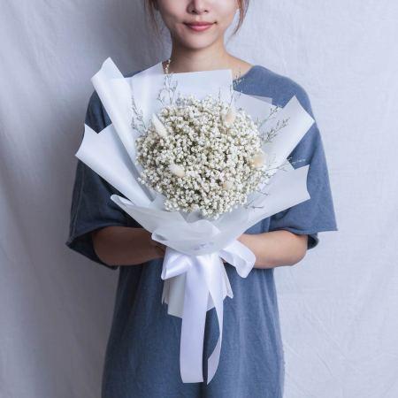 畢業花束推薦台北,滿天星白色畢業花束,台北喜歡生活乾燥花店