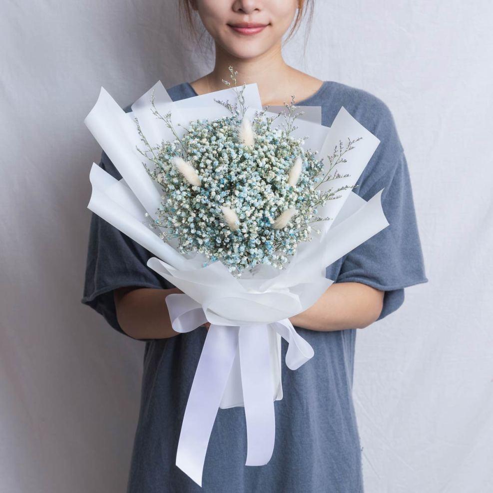 畢業花束推薦台北,滿天星藍色畢業花束,台北喜歡生活乾燥花店