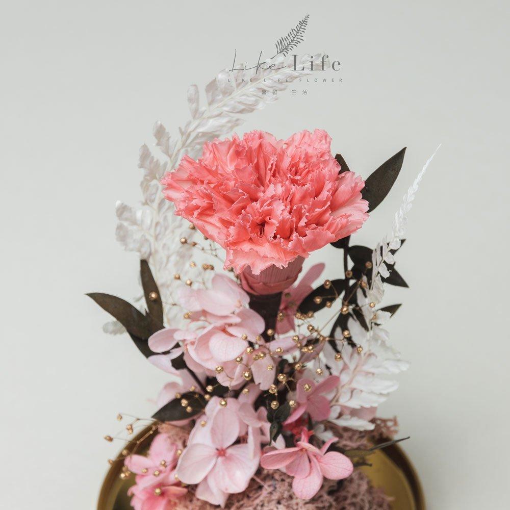母親節永生花康乃馨花束粉色,永生花康乃馨玻璃罩推薦特寫
