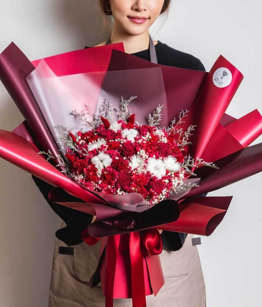 畢業花束永生花束大型永生花束照片紅色,畢業花束推薦