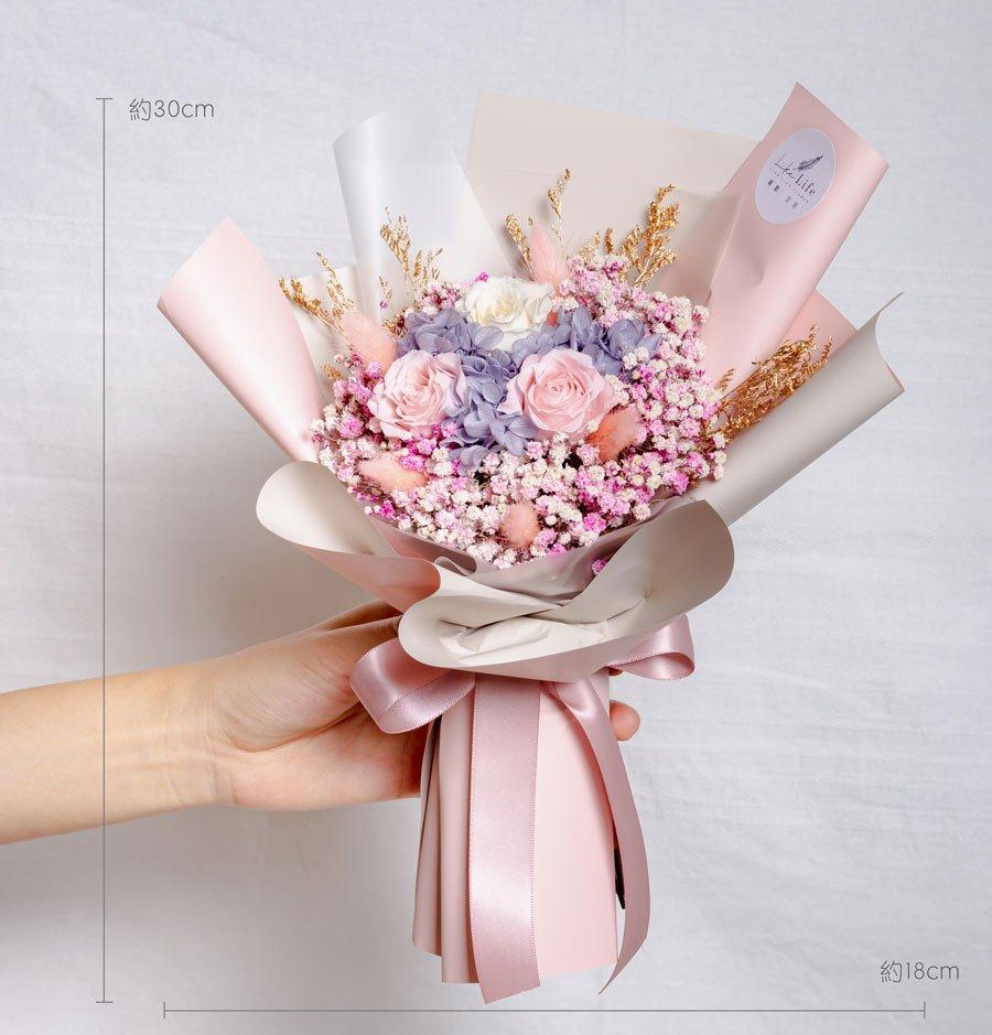 永生花束粉色,情人節永生玫瑰花束粉色公分,永生玫瑰花束粉色滿天星,台北乾燥花店