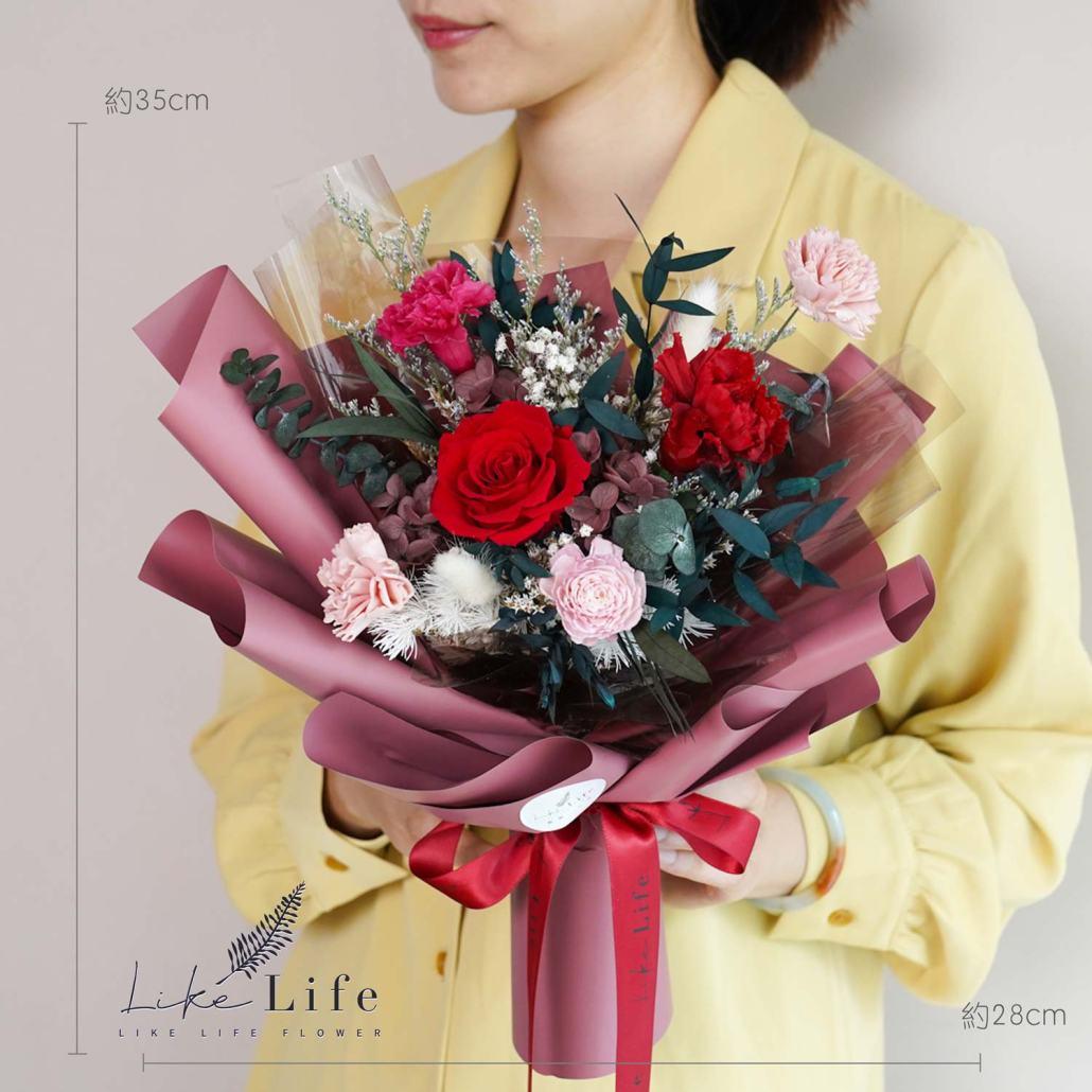 康乃馨花束-紅色永生花康乃馨花束特寫,母親節康乃馨花束台北,公分數照片