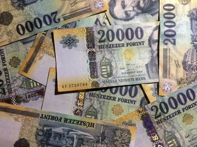 twenty-thousand-note-hungarian-forints