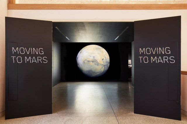 moving-to-mars