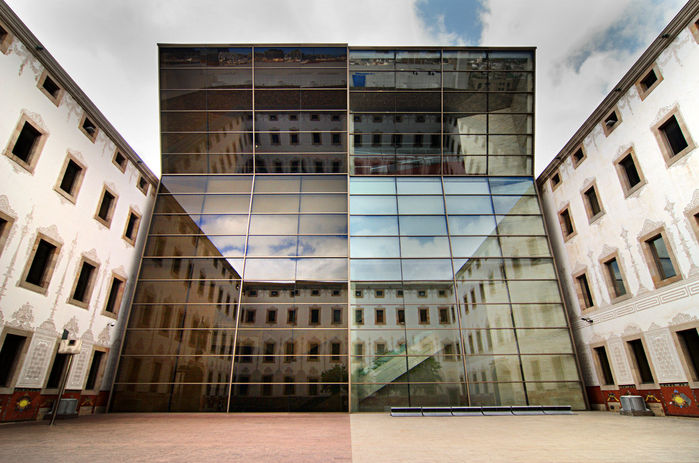 colourful-glass-building-with-refelection