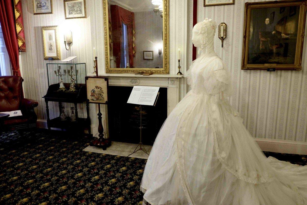 The Charles Dickens Museum London. Miss Havershams dress