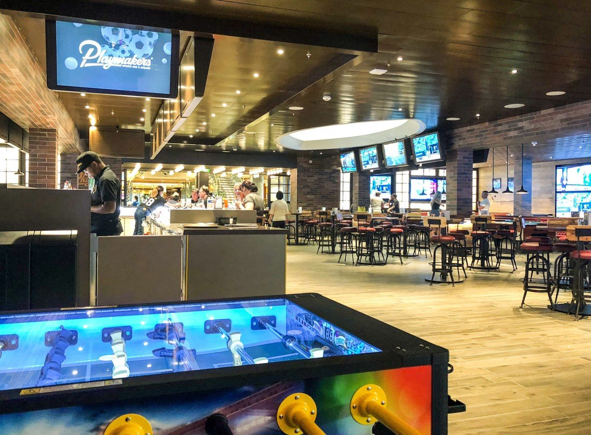 Playmakers Bar and arcade onboard Independence of the Seas