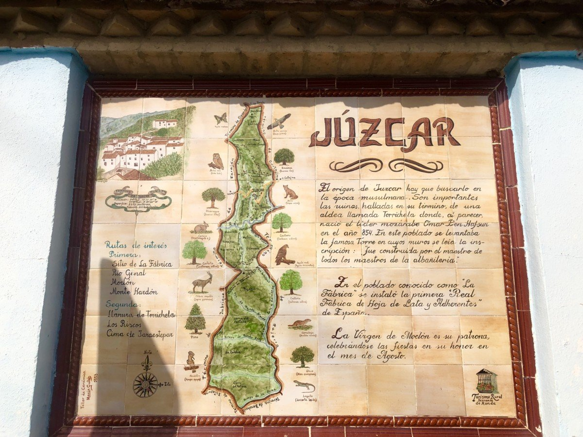 Papa Smurf in Visit Júzcar the Smurf Village in Spain map