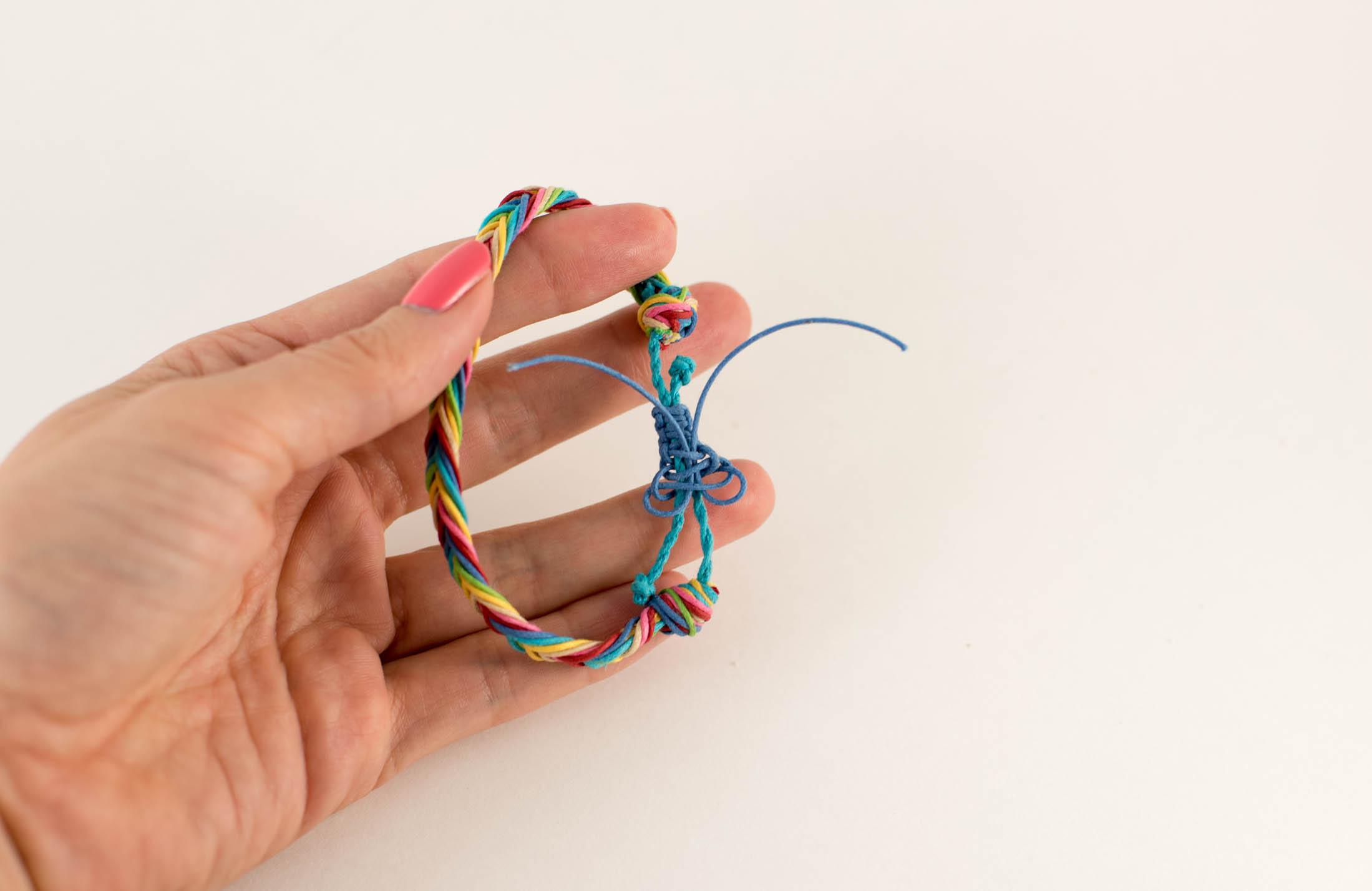 finish macrame knot