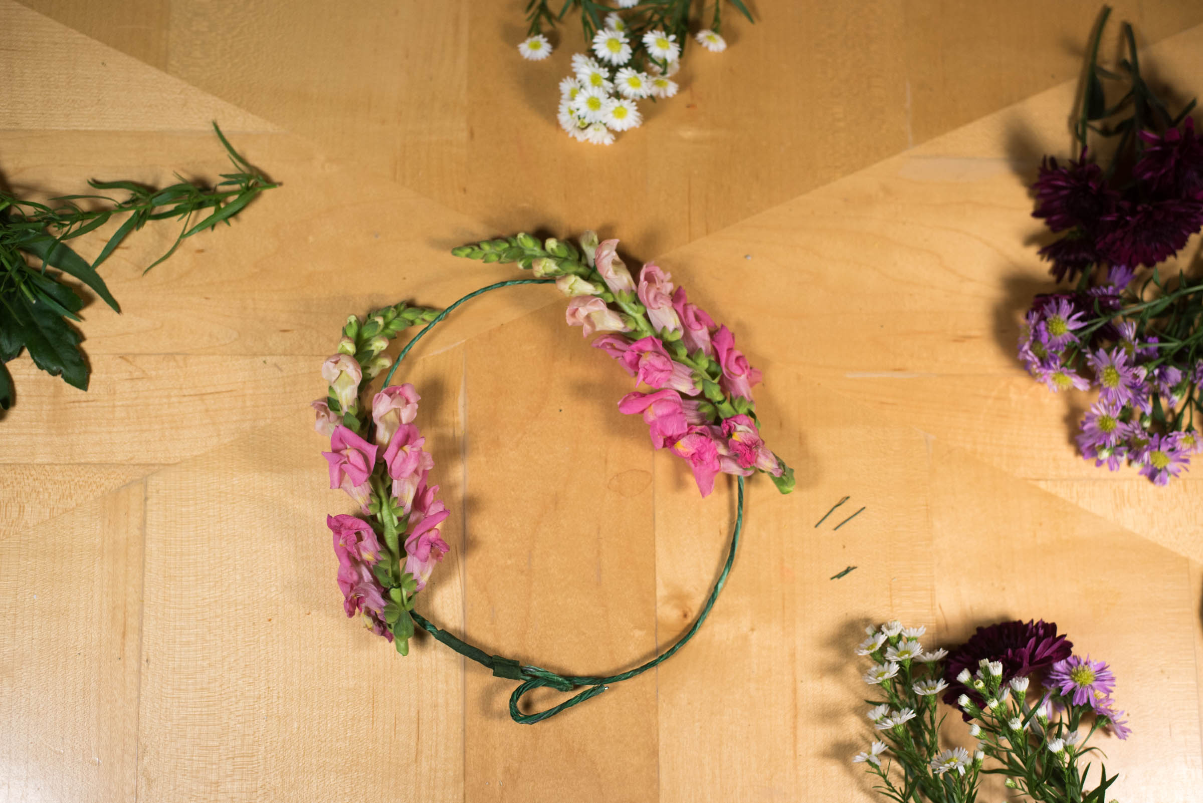 making flower crown