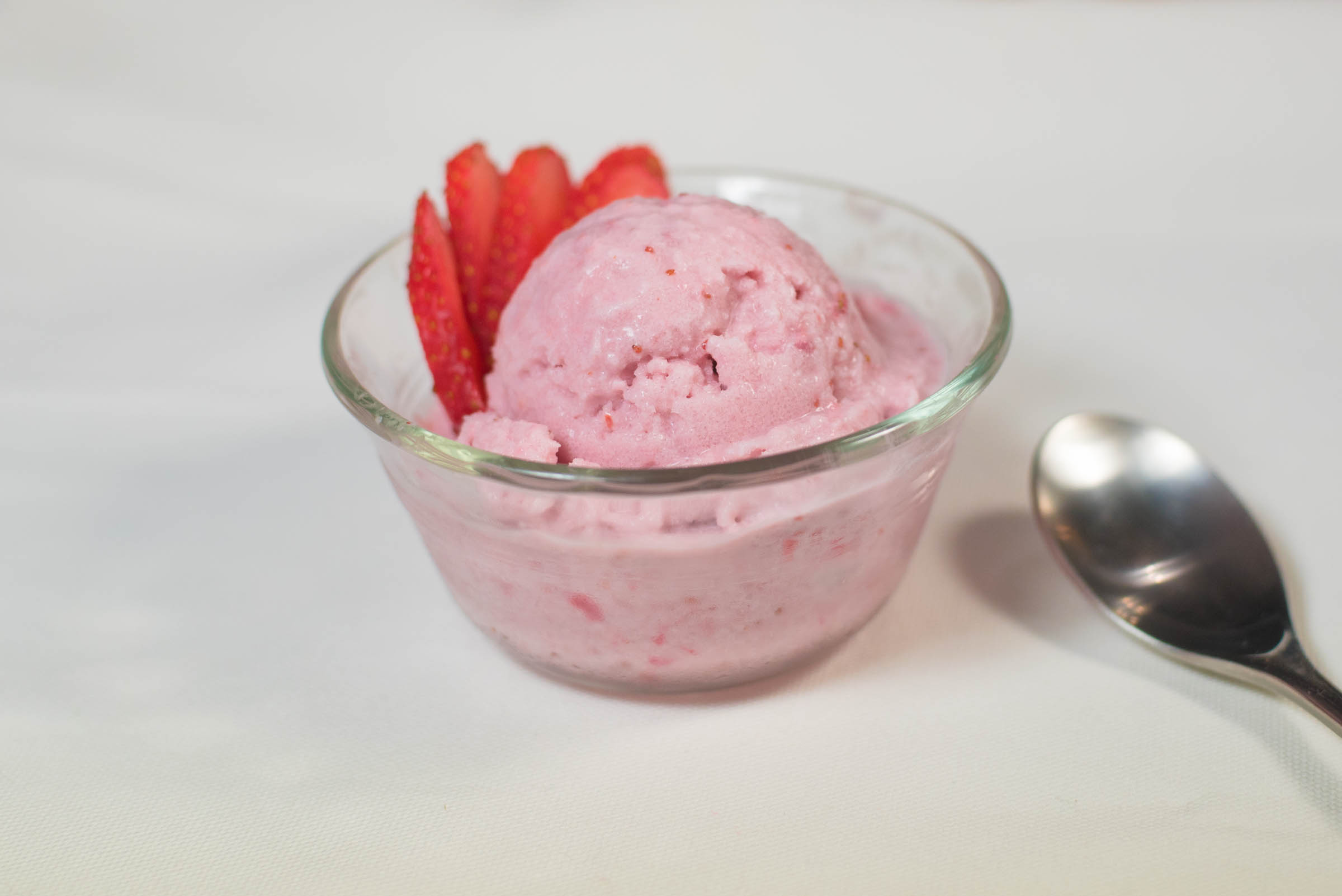 healthy strawberry ice cream