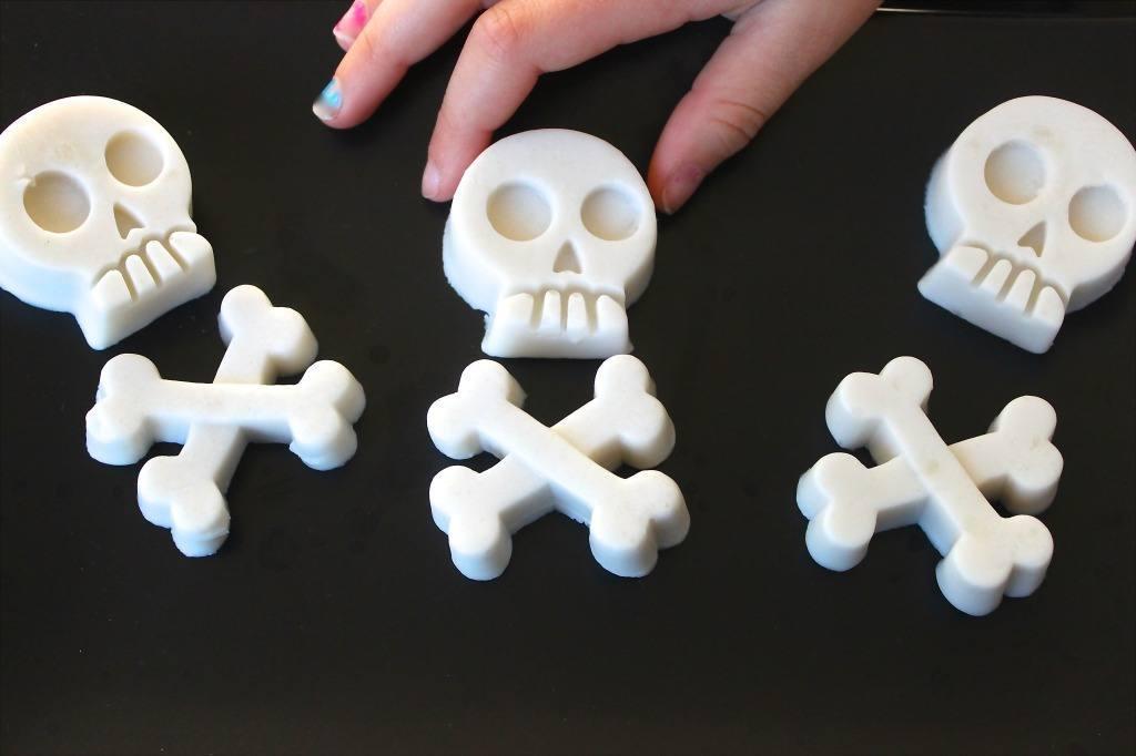 paleo skull