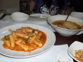 Ramyum and tukbokki
