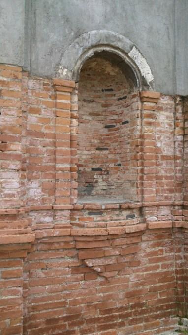 Right niche of Campo Santo