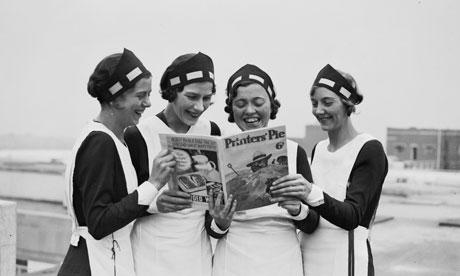 Four-women-reading-Printe-007