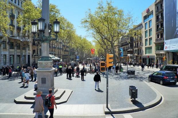 La Rambla - vista do Ônibus Turístico de Barcelona