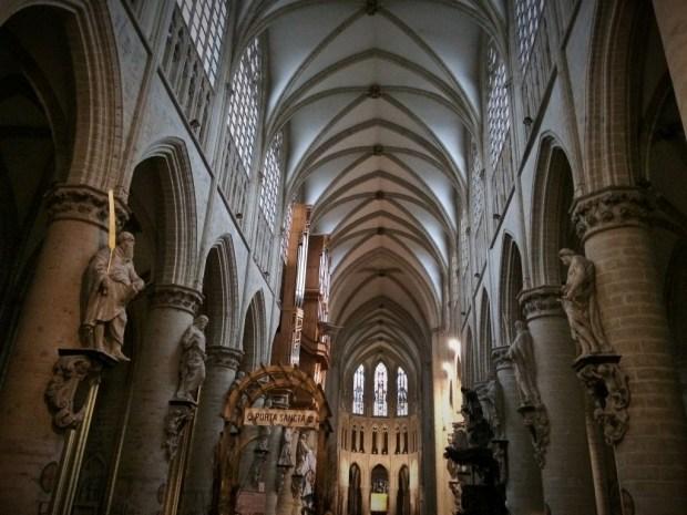 Roteiro de um dia em Bruxelas - Igreja São Michael