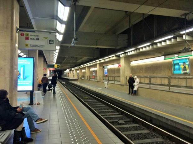 como se locomover em Bruxelas - estação de metrô