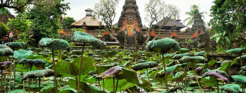 Coisas para fazer em Ubud - Templo dentro do Café Lotus