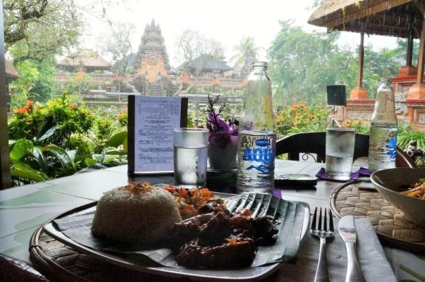 Coisas para fazer em Ubud - café Lotus