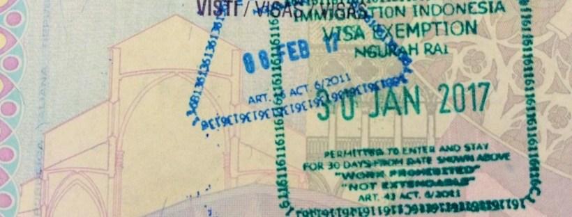 imigração e visto para Bali - carimbo de entrada e saída