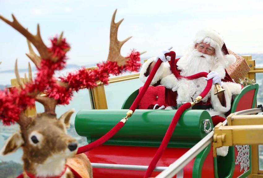 Natal em Sydney - Papai Noel na Torre de Sydney