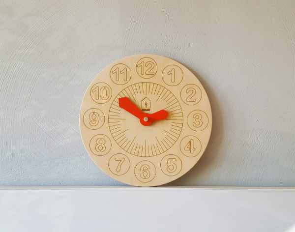 lil-house-kids-learning-clock