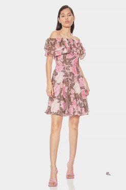 Къса цветна рокля с цветя
