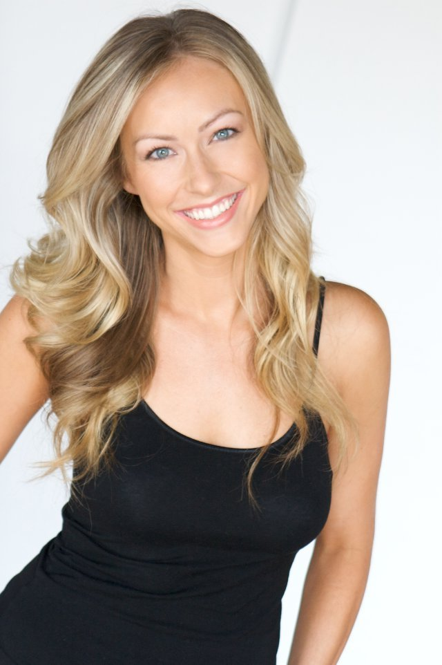 """Congrats to Lauren Olipra for BOOKING """"Devious Maids"""
