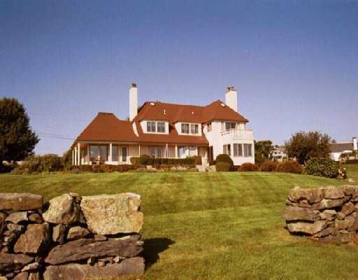 100 North Cliff Drive, Narragansett