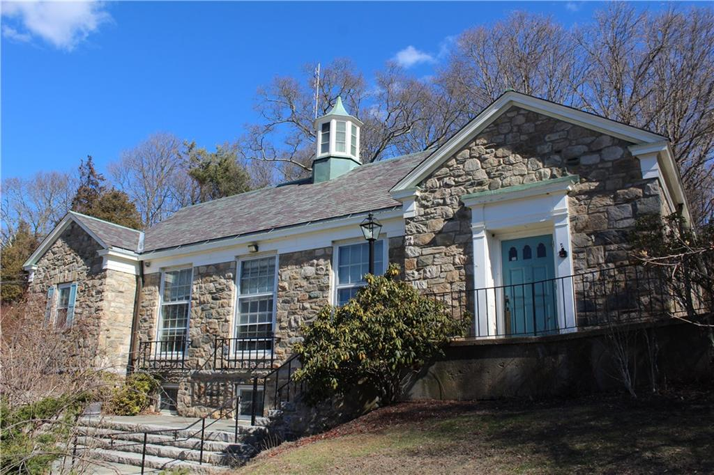 298 Highland Road, Tiverton
