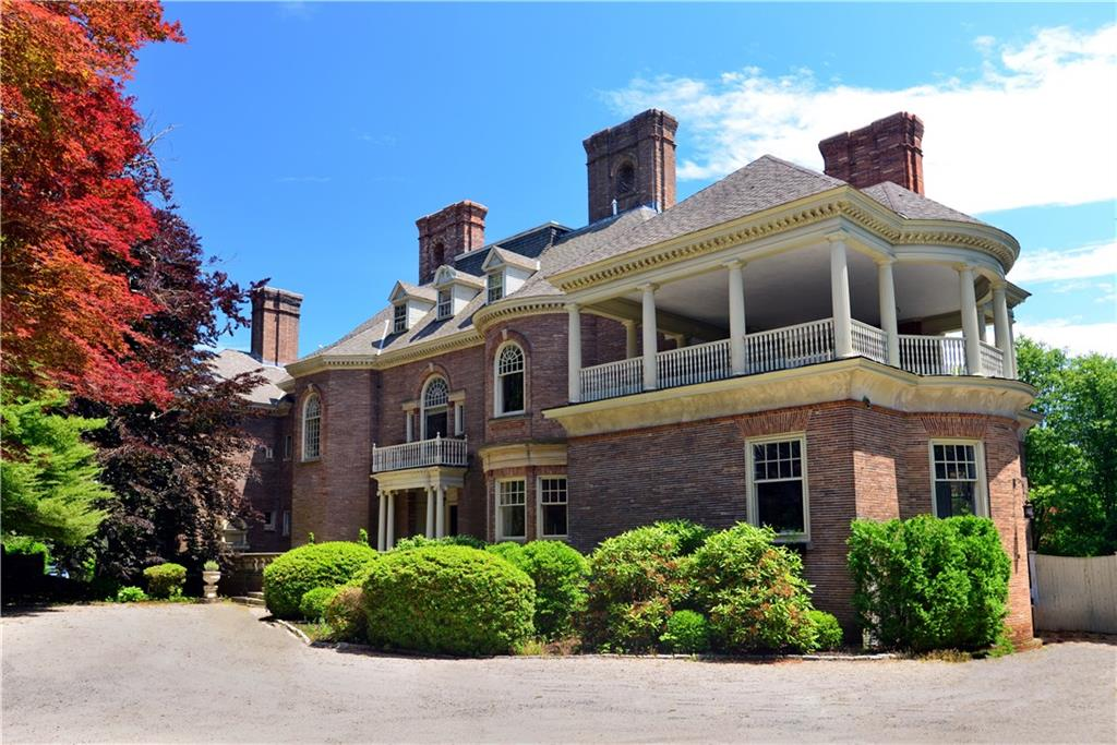 Rhode island waterfront real estate and homes for sale for Rhode island home builders