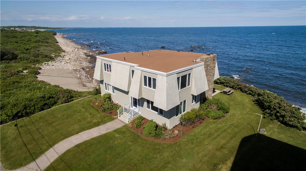 49 Major Arnold Road, Narragansett