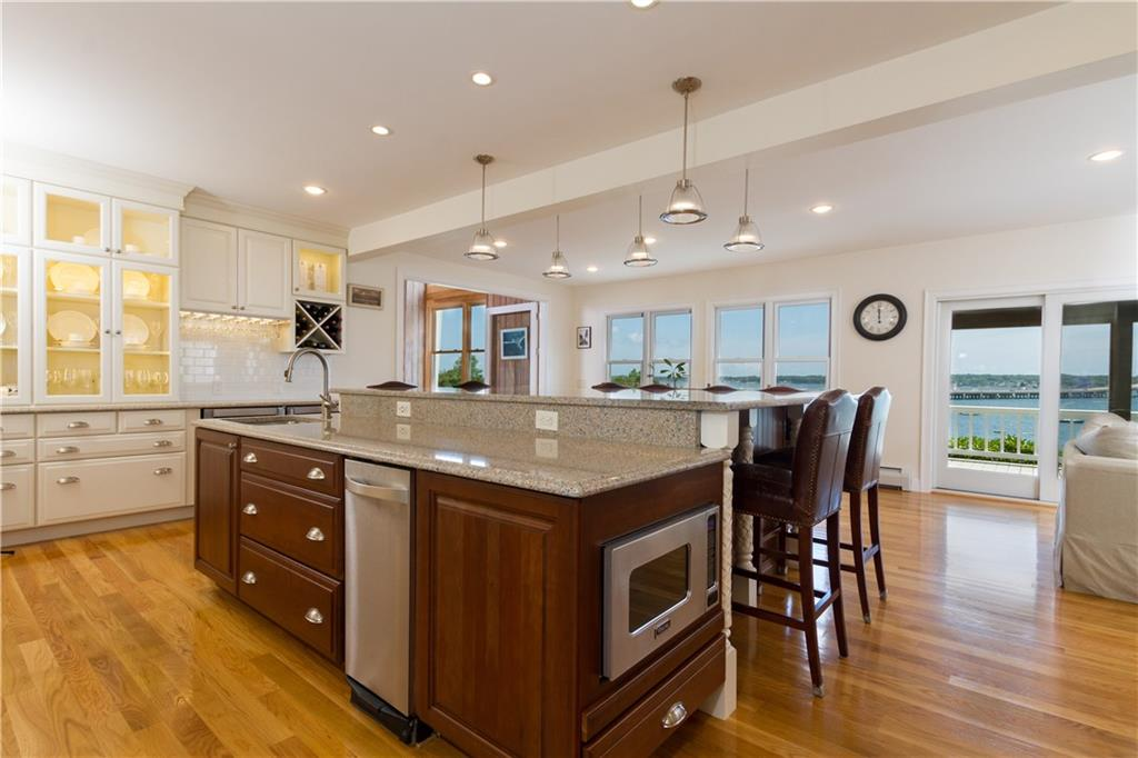 222 Plum Beach Road, North Kingstown