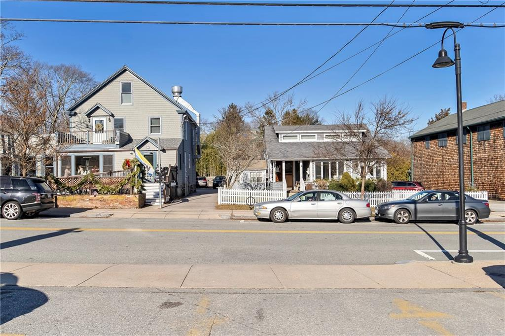 29 Narragansett Avenue, Jamestown