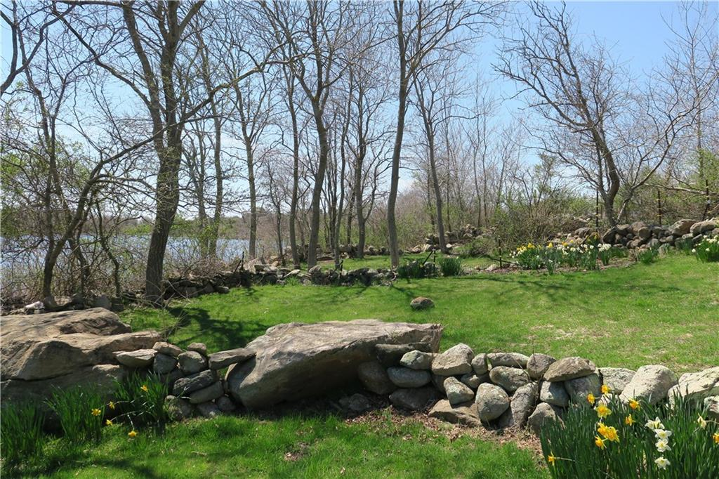 1037 Sands Pond Lane, Block Island