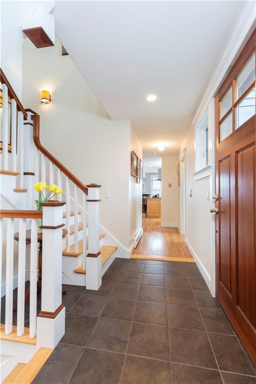 31 Glenwood Avenue, Narragansett